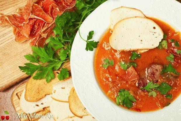 Томатный суп-пюре с беконом