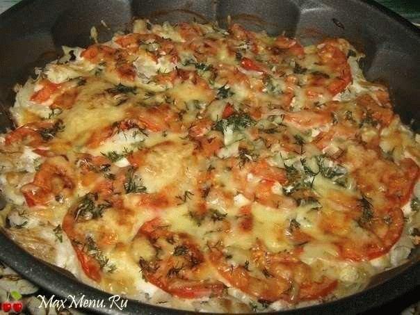 Рыбная запеканка с помидорами и сыром