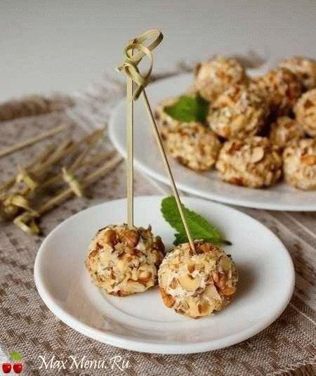 Сырная закуска с грецкими орехами