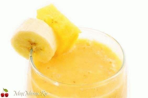Зимний фруктовый коктейль «Банановый рай»
