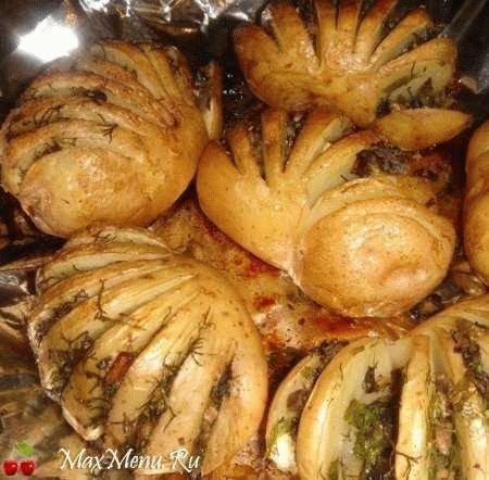 Картошка-гармошка с грибами
