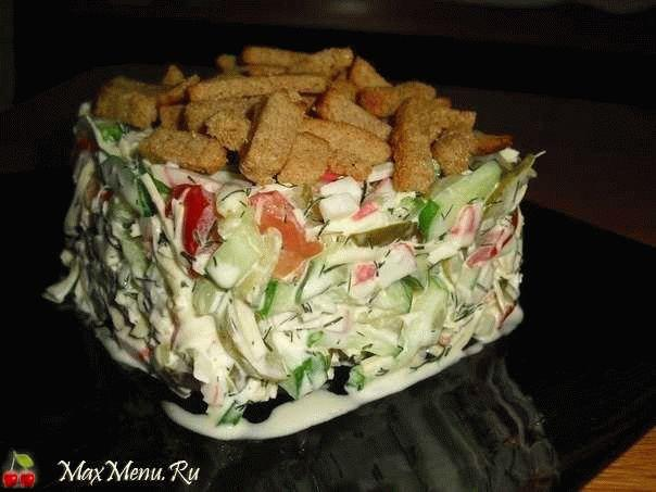 Салат с сухариками «Хрустяшка»
