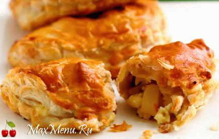 Пирожки с сыром и яблоками