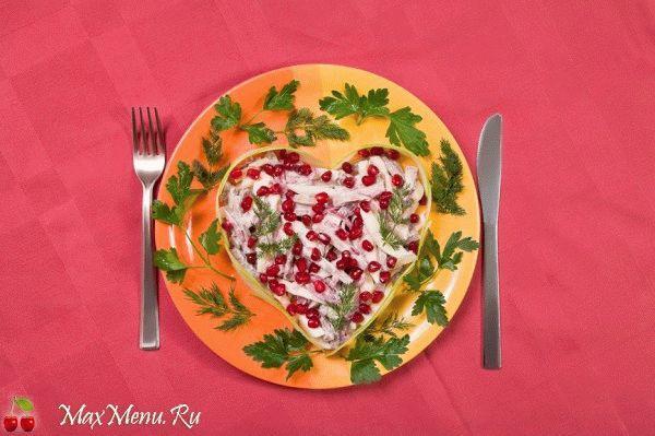 Мясной салат ко Дню Влюбленных