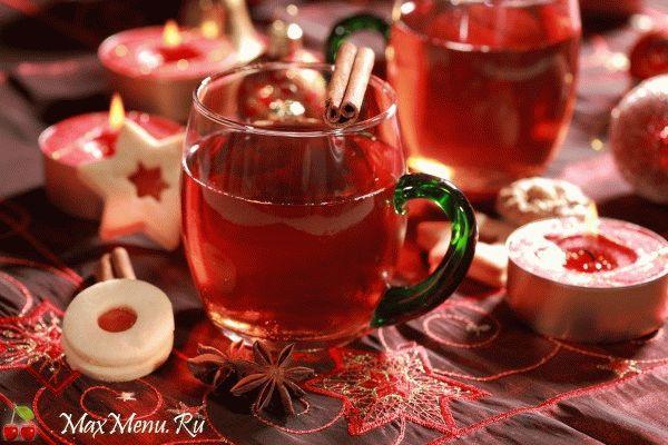 Зимний чай с клюквой и пряностями