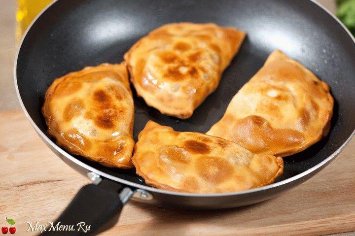 Пошаговый рецепт чебуреков с фото