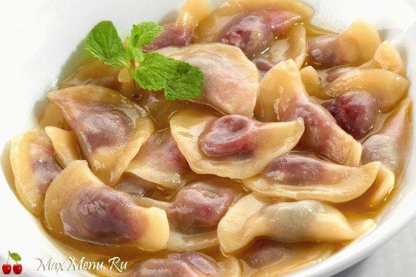 Вкусные вареники с вишней