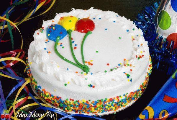 Бисквитный торт со сметанным кремом на День рождения