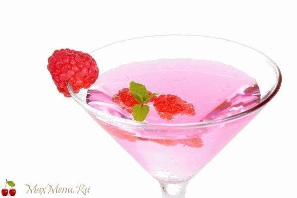 Напиток на 8 марта: Мартини с малиной