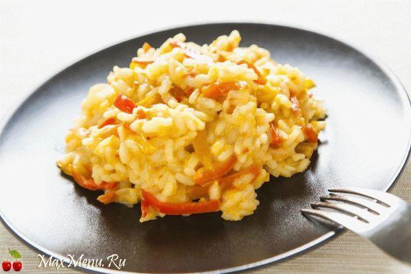 Постный, но вкусный рис с болгарским перцем