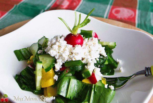 vesennij-salat-iz-cheremshi