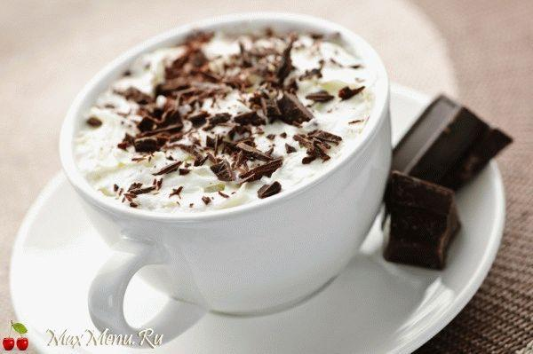 Горячий шоколад по-венски