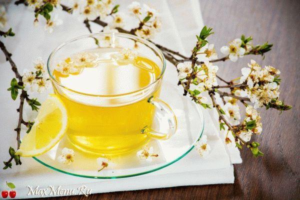 Бодрящий травяной чай