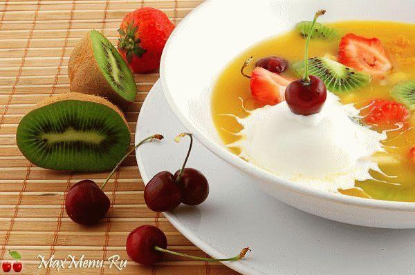 Фруктовый суп с мороженым