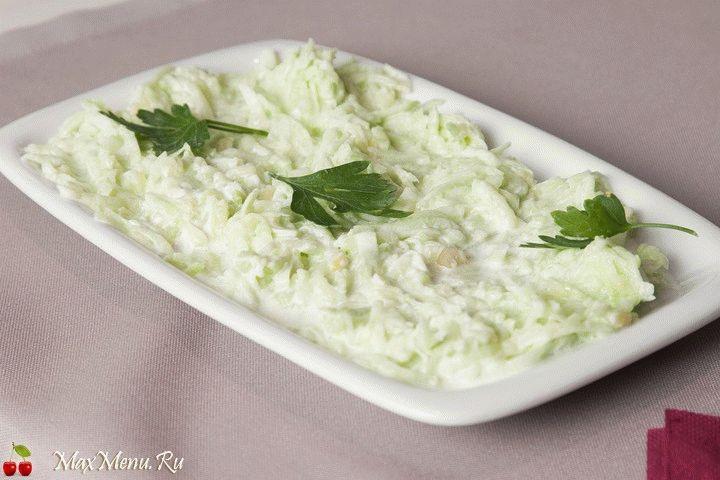 Салат из огурцов «Таратор»