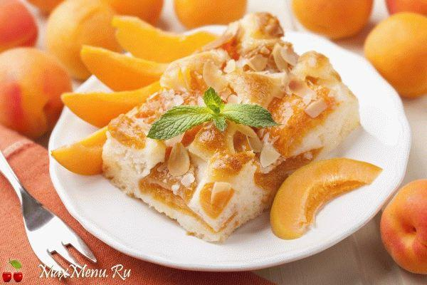 Летний пирог с абрикосами