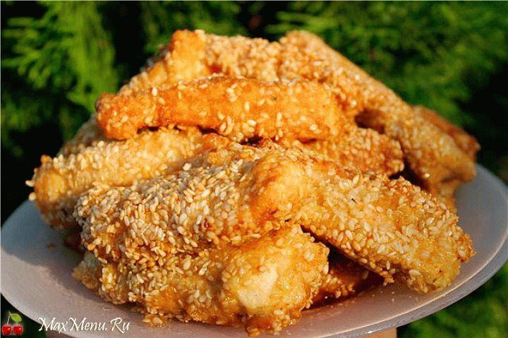 Курица по-восточному в хрустящей панировке из кунжута