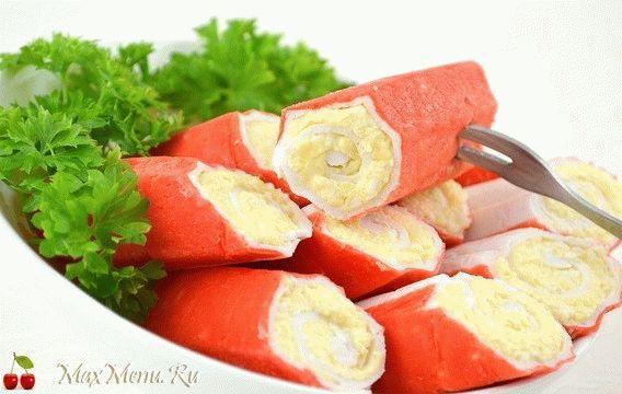 Крабовые палочки с сыром и чесноком