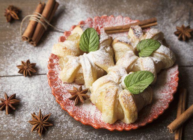Фруктовый десерт на Новый год: Яблочные цветы