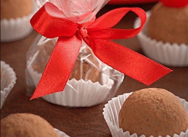 Рождественские конфеты «Вишня в шоколаде»