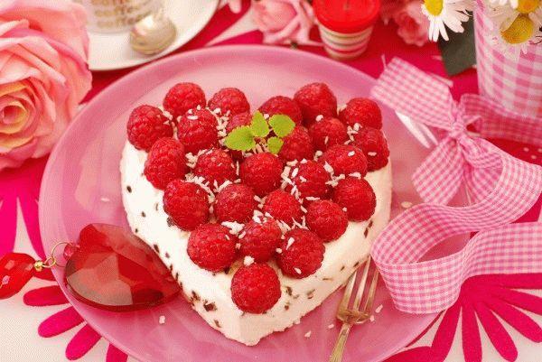 Десерты на 8 марта: Творожный торт без выпечки