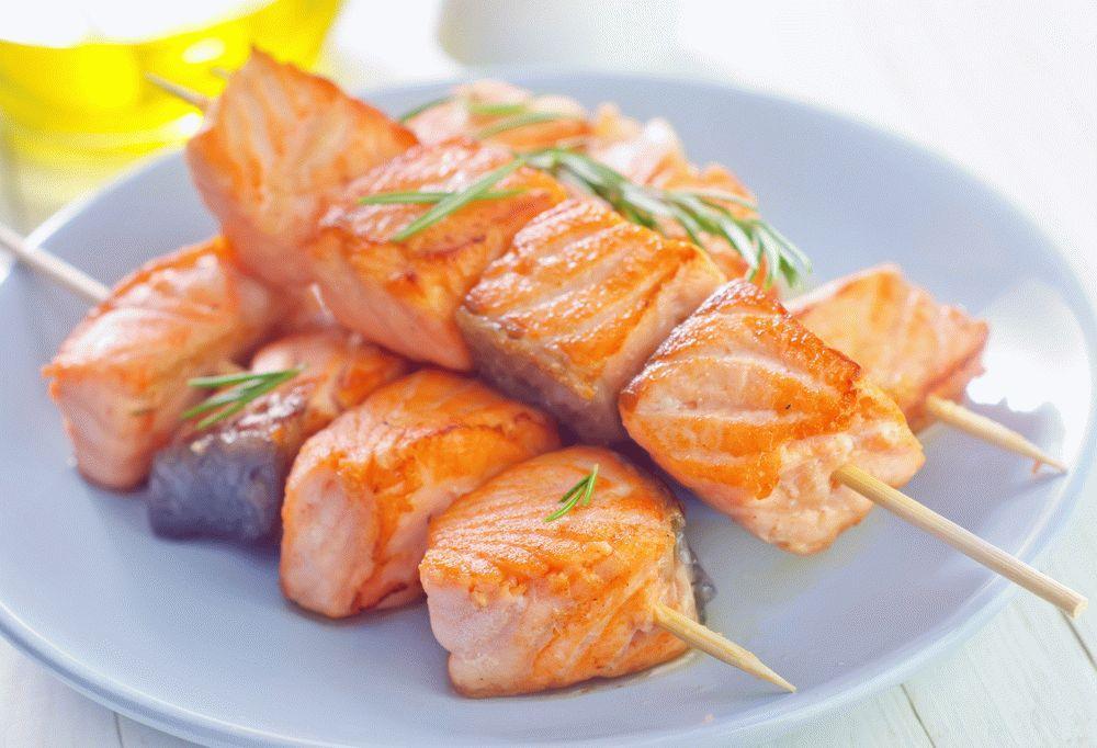 Шашлык из рыбы с пряностями