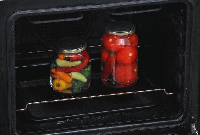 Фото9 Как стерилизовать банки с заготовками в духовке