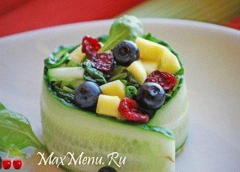 vesennij-salat-s-mango-i-shpinatom