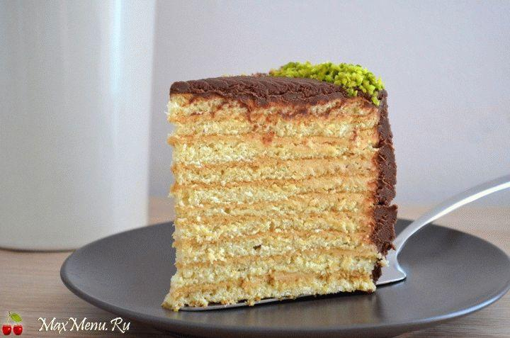 medovyj-tort-s-kremom
