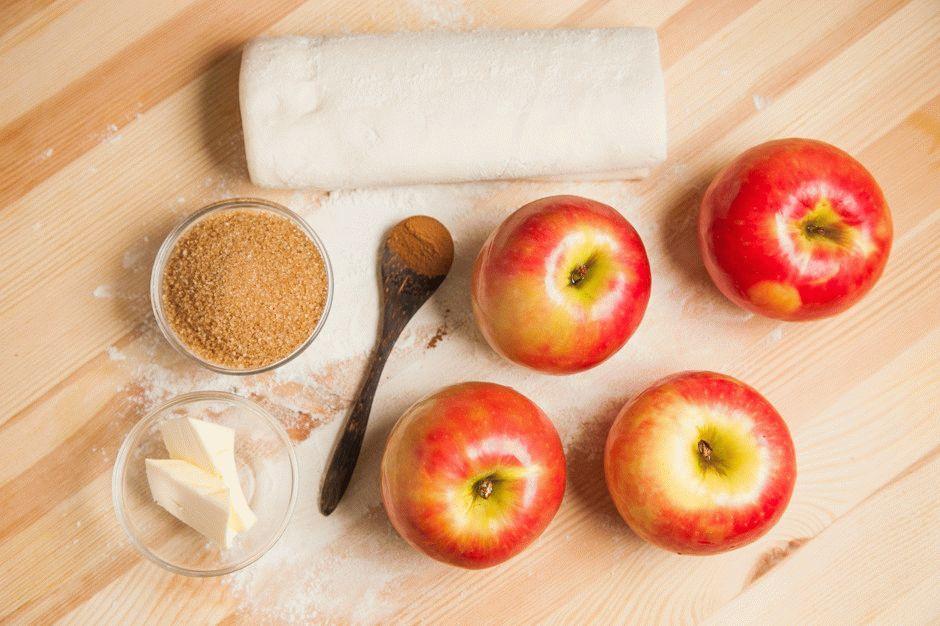 Слойки с яблоками с пошагово