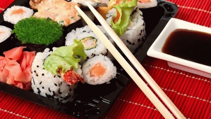 skolko-rolly-mozhno-hranit-v-holodilnike